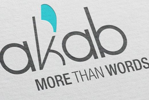 Akab – Traduzioni